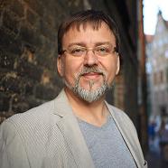 dr Janusz Janowski